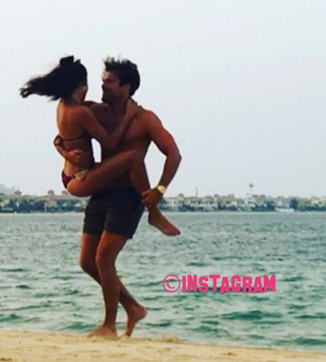 Michelle Keegan Flashes Her Toned Tummy While She Holidays With Husband Mark Wright