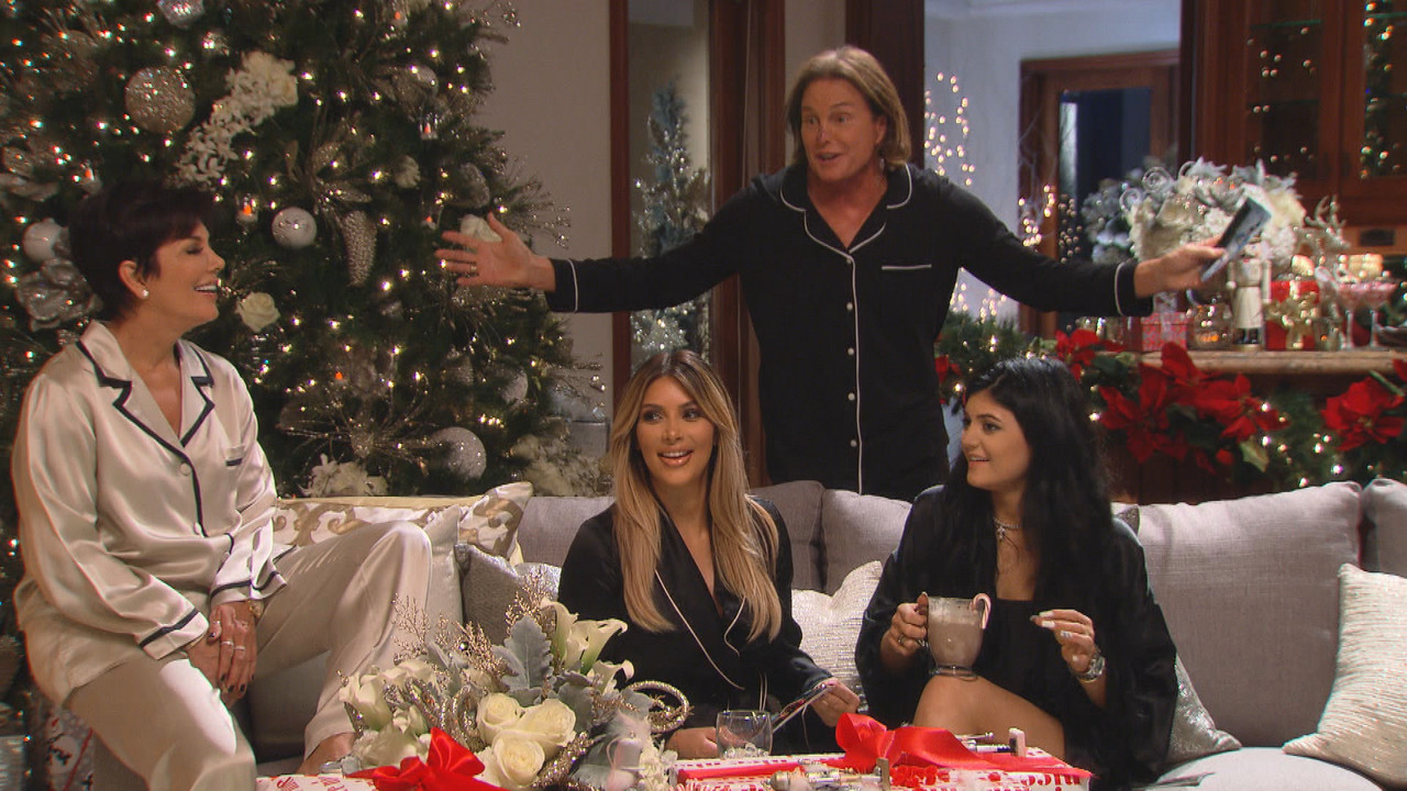 Are The Kardashians Going To Have A Christmas Card This Year ...