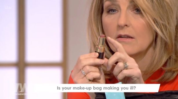 Loose Women Left Shocked At Nadia Sawalha's Dirty Lipstick Covered In HAIRS!