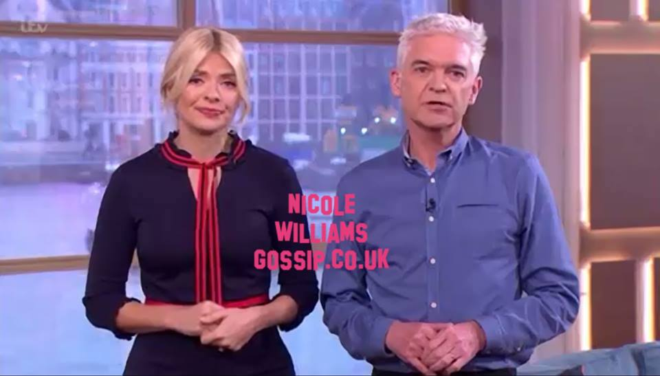 Holly Willoughby Gets The Time Wrong On This Morning Not One But TWICE!