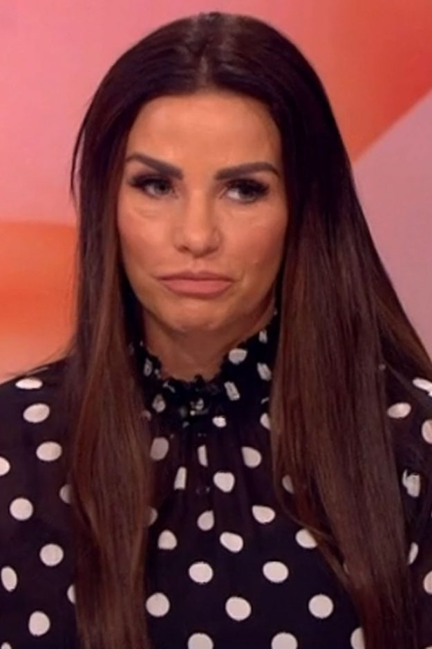 Katie Price Annouces She's Pregnant During Nightclub Appearance